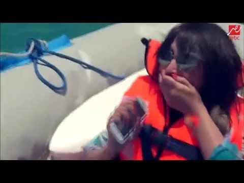 انهيار وصراخ جنات في رامز قرش البحر