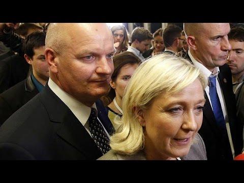 العرب اليوم - شاهد القضاء الفرنسي يوجه اتهامات لمديرة مكتب لوبان في قضية وظائف وهمية