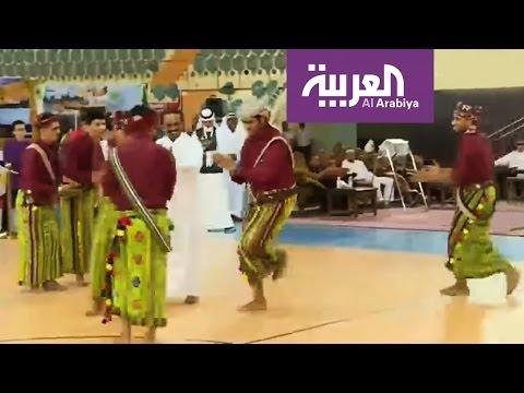العرب اليوم - طلاب أجانب يستعرضون تراث بلادهم في جدة