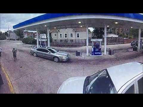العرب اليوم - بالفيديوكاميرا مراقبة ترصدلحظة سرقة سيارة
