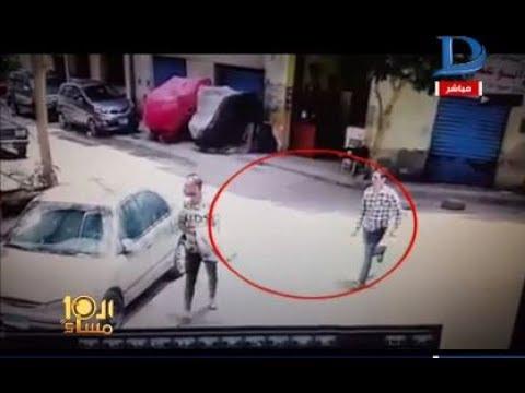 العرب اليوم - طالب يقوم بتشويه وجه زميله بالمطواه أمام المارة