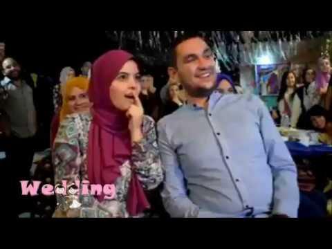 العرب اليوم - فرحة جنونية لعروس فاجأها شقيقها بهدية غير متوقعة