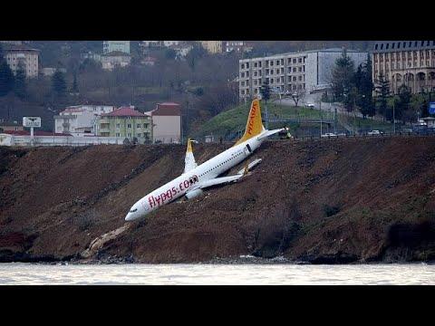 فيديو من قلب طائرة التركية التي نجت من حادث مروّع
