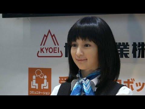 شاهد معرض الإنسان الآلي في اليابان يثير جدلًا واسعًا