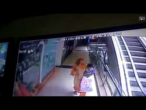 شاهد سيلفي زوجين يقتل طفلتهما الرضيعة في سوق تجاري
