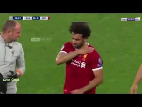 شاهد إصابة محمد صلاح أمام ريال مدريد في نهائي الأبطال