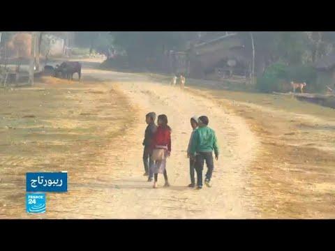 شاهدآلاف الفتيات رهن العبودية في نيبال