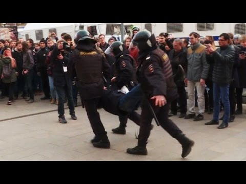 Arab Today, arab today protesters clash with russian police