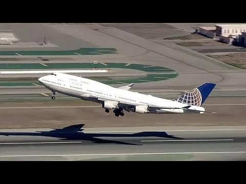 final 747 flight bids farewell