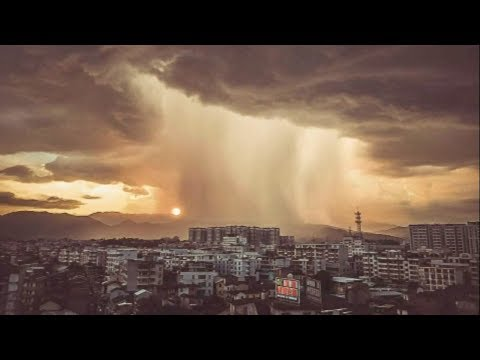 Arab Today, arab today spectacular scene of a thunderstorm