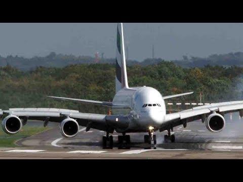 plane makes terrifying landing
