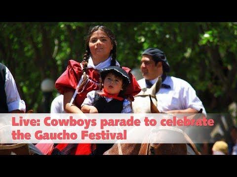 cowboys parade to celebrate