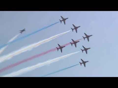 Arab Today, arab today britains red arrows color karachi skies