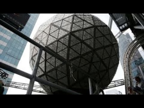 how the times square new years eve ball is created