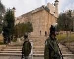 القوات الإسرائيلية تعتقل 10 فلسطينيين من الضفة الغربية