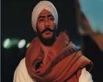 وفاة حماة محمد رمضان والفنان يقطع عطلته بالساحل الشمالي