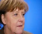 ميركل تتعهد بتقديم مساعدة مالية عاجلة لمتضرري فيضانات ألمانيا