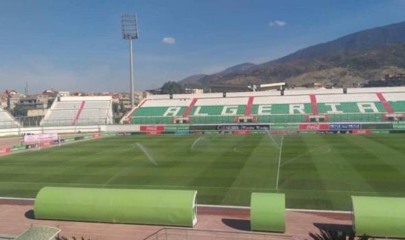 الجزائر تعلن موعد عودة الجماهير إلى الملاعب بعد غياب عام ونصف