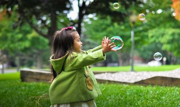 العرب اليوم - نصائح هامة للوالدين لتعزيز ثقة الطفل بنفسه