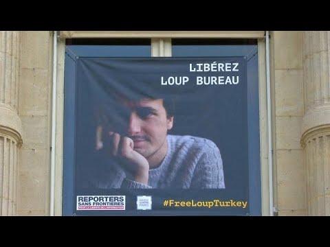 العرب اليوم - شاهد تركيا تطلق سراح الصحافي الفرنسي