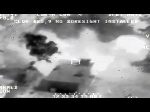 العرب اليوم - شاهد: قوات التحالف الدولي تشنُّ غارات جديدة على مواقع لـ