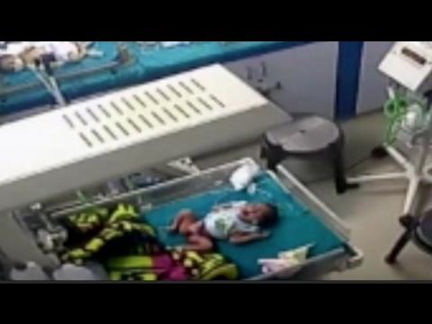 العرب اليوم - ممرض عديم الرحمة ينزع ساق طفل في مستشفى هندي