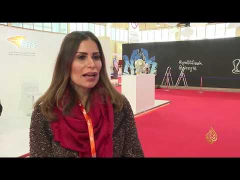 العرب اليوم - بالفيديو تعرف على المواهب في معرض للصناع في الكويت