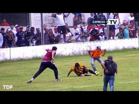 العرب اليوم - انفجار قنبلة واعتداء وحشي من الجمهور في كأس الأرجنتين