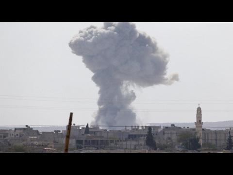 العرب اليوم - شاهد مقتل 230 شخصًا في قصف جوي في الموصل