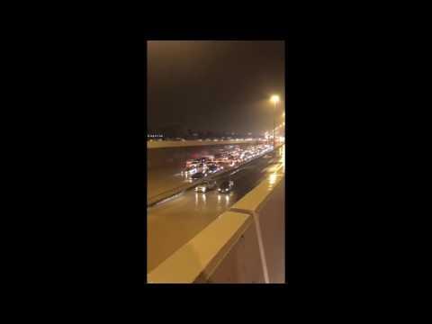 العرب اليوم - بالفيديو مشاهد صادمة من الأمطار الغزيرة في الكويت