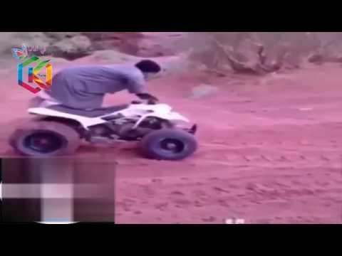 العرب اليوم - شاب يستعرض مهاراته أثناء قيادة بيتش باغي