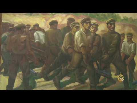 العرب اليوم - شاهد  معرض للفن الطليعي في العاصمة الروسية موسكو