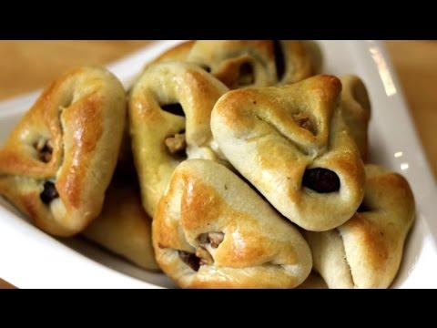 العرب اليوم - شاهد طريقة إعداد كليجة عراقية بالجبن والزبادي