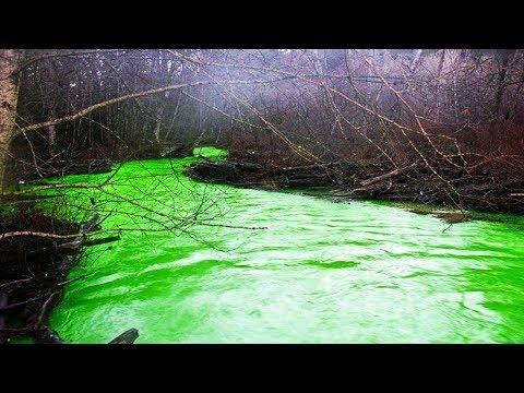 العرب اليوم - بالفيديو اكتشف عجائب ألوان المياه الخلابة عبر العالم