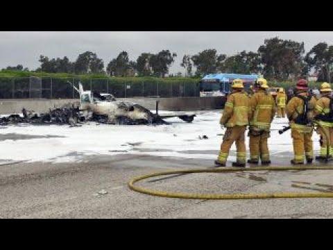العرب اليوم - شاهد لحظة تحطّم طائرة صغيرة في كاليفورنيا