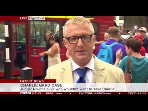 العرب اليوم - bbc ترصد حافلة تضرب رجلًا خلال بث مباشر