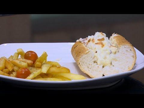 العرب اليوم - شاهد طريقة إعداد شيش طاووق بالجبن في الفرن