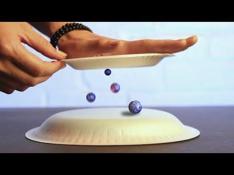 العرب اليوم - شاهد شاب يحول الفيزياء إلى متعة ويقدم تجارب قصيرة خيالية
