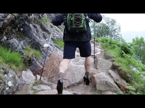 العرب اليوم - طالب بريطاني يتسلّق الجبال بالكعب العالي