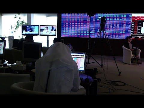العرب اليوم - شاهد الأزمة الخليجية تضعف اقتصاد قطر ولا تسقطه