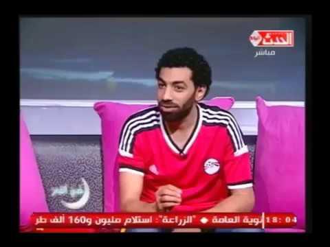 العرب اليوم - شاهد حوار شيق مع شبيه النجم محمد صلاح