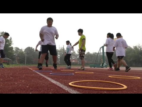 العرب اليوم - شاهد مشكلة الصين الآن في سمنة الأطفال