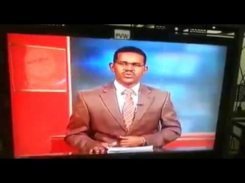 العرب اليوم - مذيع سوداني يفاجئ المشاهدين في نشرة الأخبار
