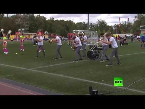 العرب اليوم - افتتاح مهرجان روسيا تحب كرة القدم في موسكو