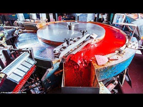 العرب اليوم - شاهد جولة ممتعة داخل مصانع أقلام الرسوم الملوّنة