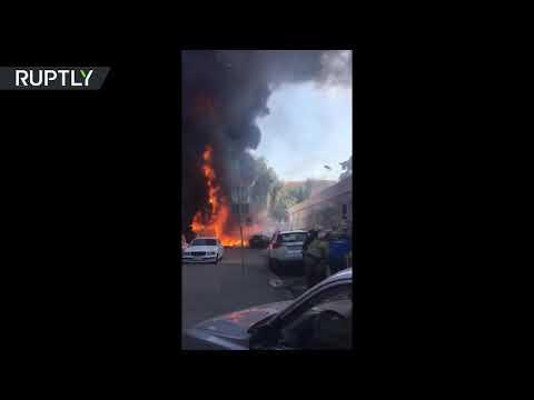 العرب اليوم - شاهد اندلاع حريق هائل في فندق في روستوف على نهر الدون