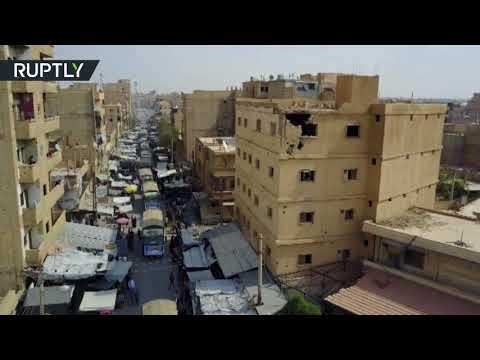 العرب اليوم - شاهد لحظة وصول المساعدات الإنسانية من إيران إلى دير الزور