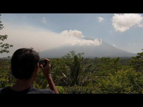 العرب اليوم - مخاوف من ثوران بركان في جزيرة بالي الأندونيسية