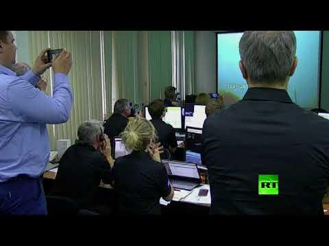 العرب اليوم - شاهد لحظة إطلاق صاروخ روسي يحمل قمرًا صناعيًا أوروبيًا