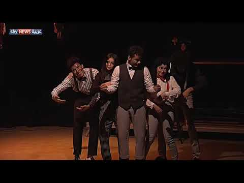 العرب اليوم - شاهد العروض المسرحية الصامتة تعود إلى القاهرة